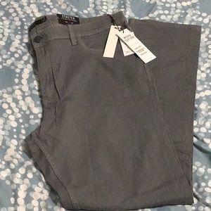 Micro texture stretch TAHARI dress pants